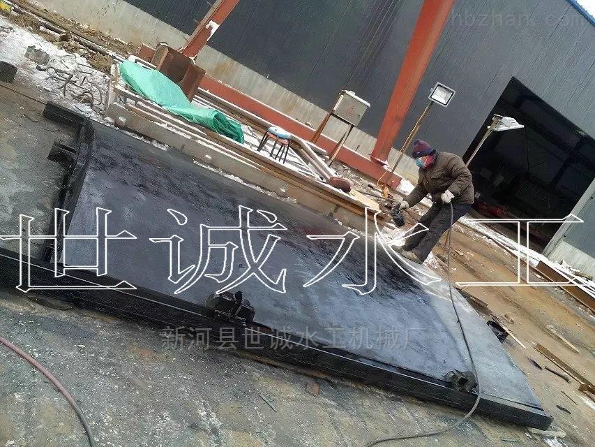 PGZ-2米*2米铸铁闸门大量现货