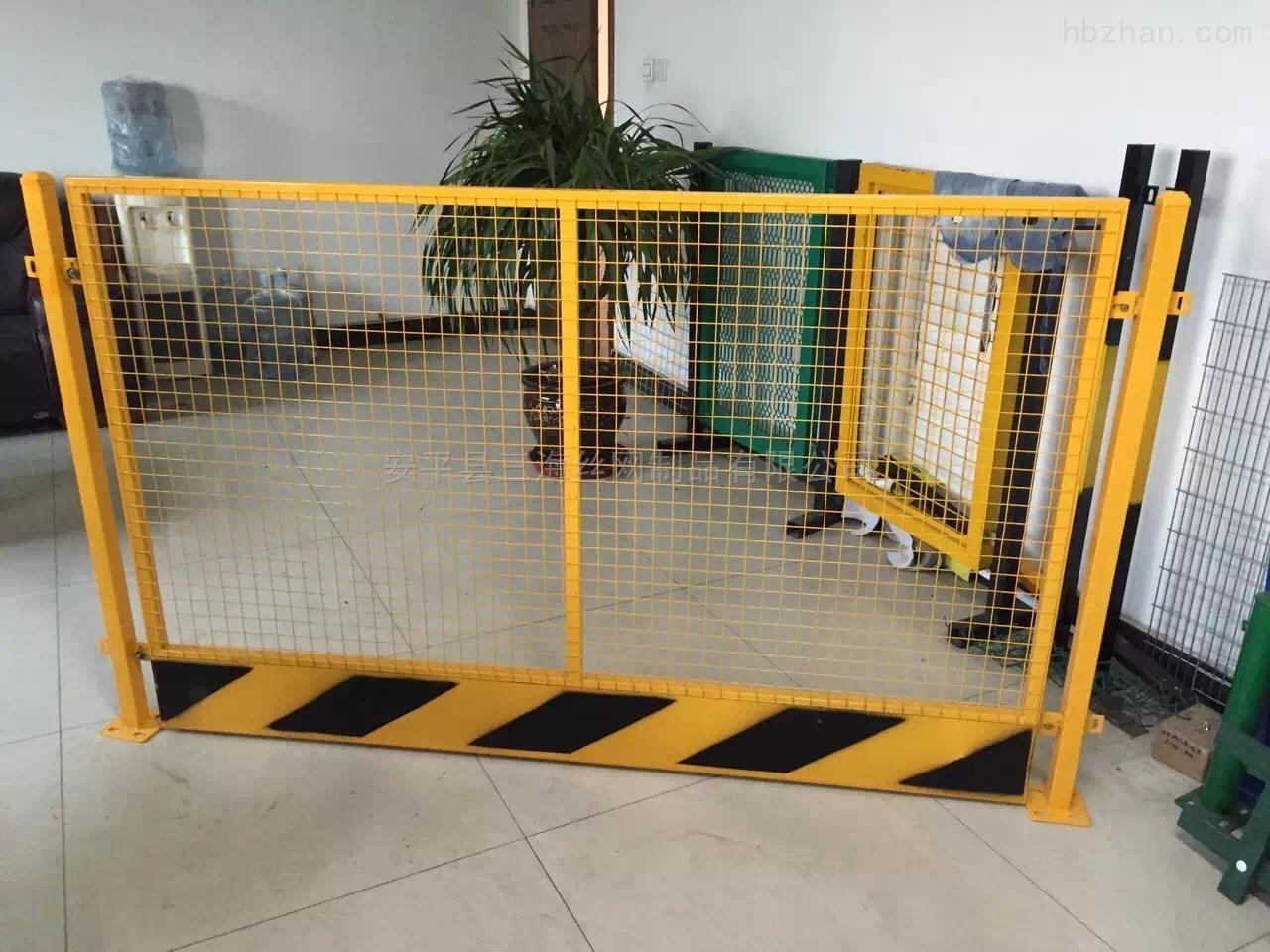 建筑工地基坑护栏