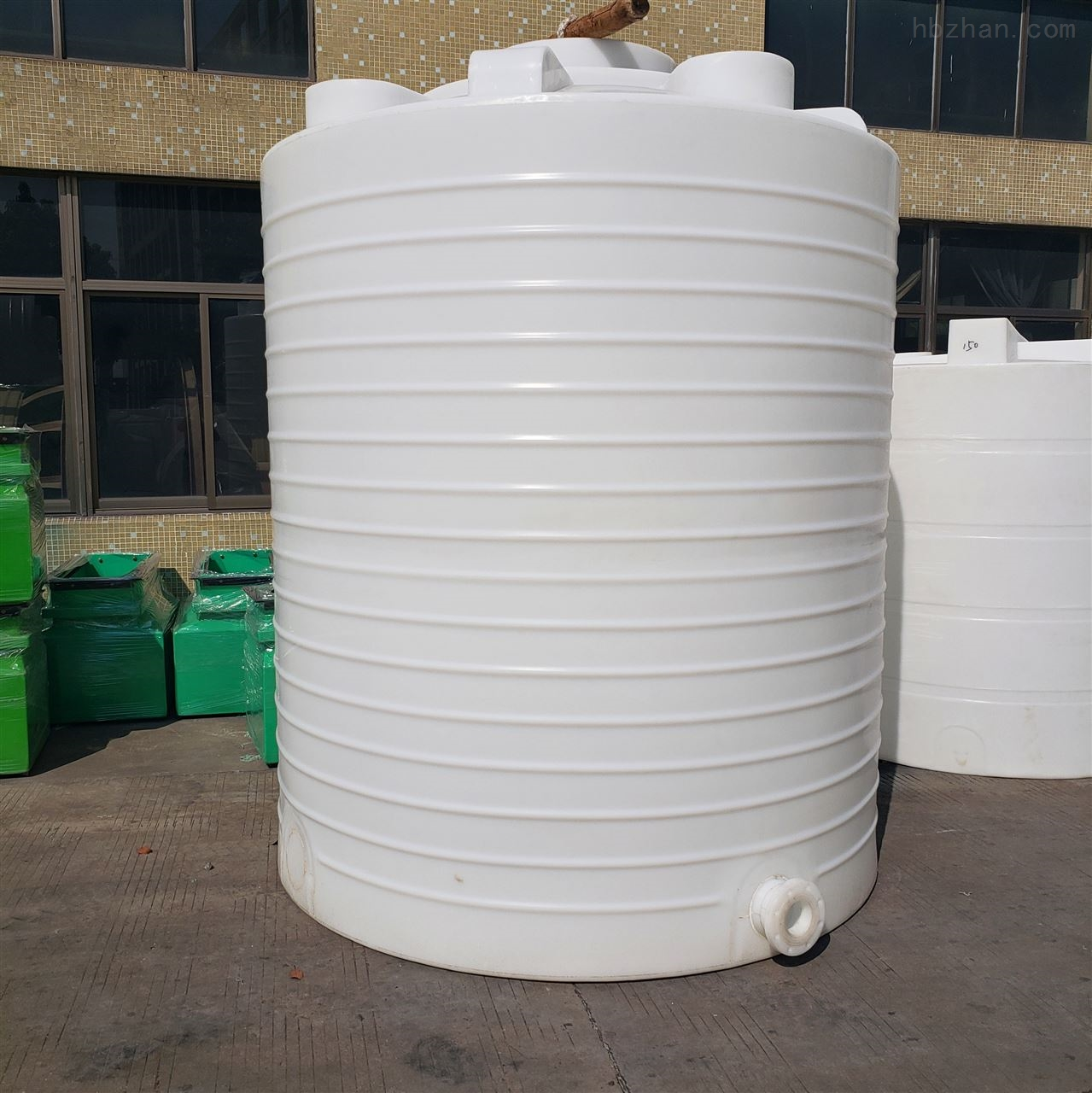 8吨防腐储罐PE化工水塔价格